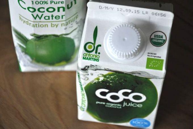 Woda kokosowa – naturalny napój izotoniczny
