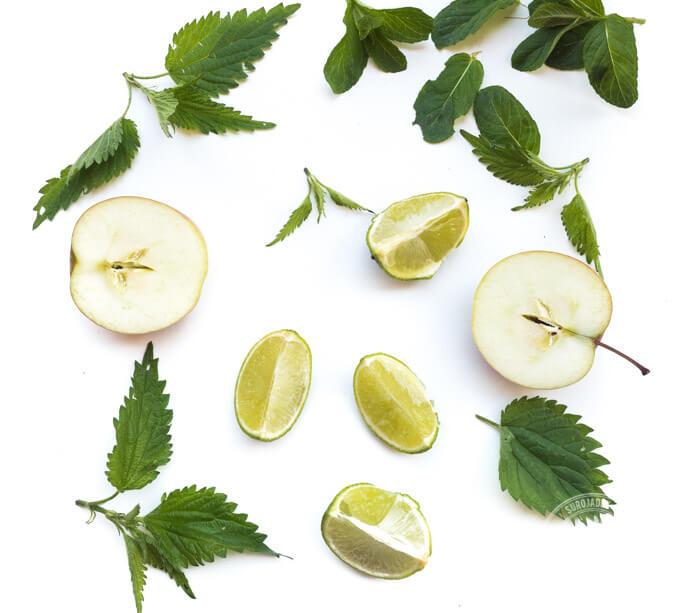 składniki soku: jabłka limonka mięta i pokrzywa