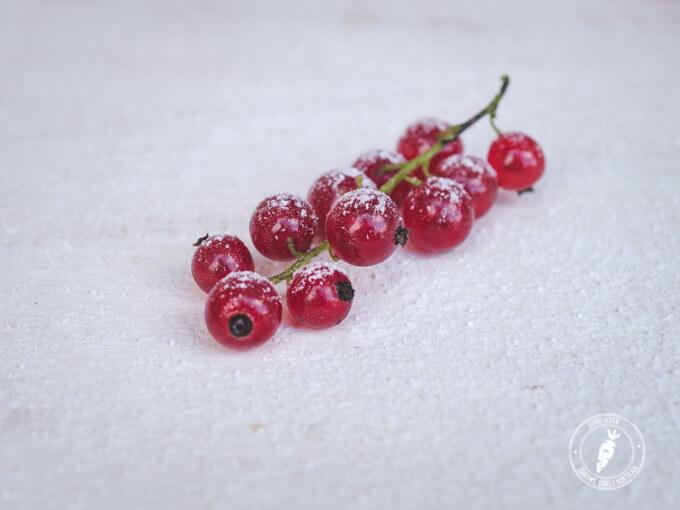 porzeczka czerwona to źródło naturalnej witaminy c