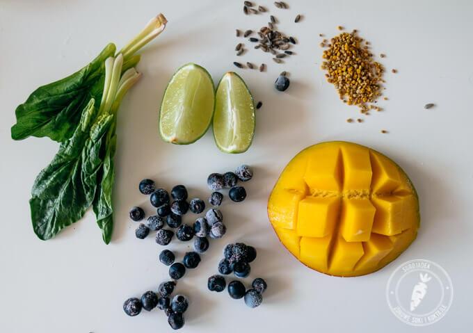 Zadbaj o młodą skórę pijąc zielony koktajl z mango