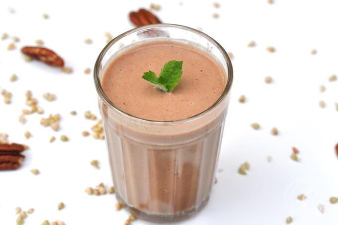 zdrowy koktajl kasza gryczana niepalona w wersji czekoladowej