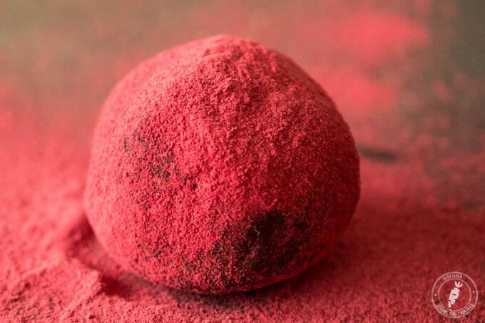 domowe pralinki w kolorze miłości idealny pomysł na prezent Walentynkowy