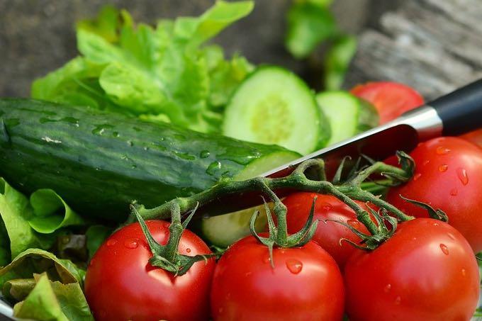 pomidor z ogórkiem czy można łączyć