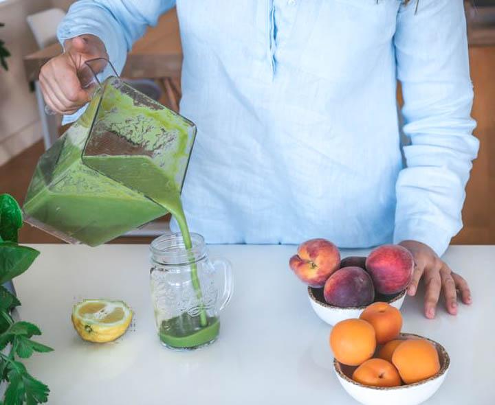 Zielone koktajle to skuteczny sposób na zdrowie, dużą porcję energii i szczupłą sylwetkę