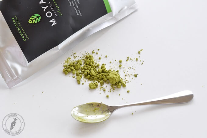 sproszkowana zielona herbata matcha