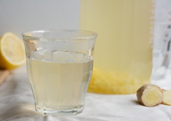 imbir jest skuteczny nie tylko na przeziębienie. Ma też działania przeciwzapalne i przeciwbólowe