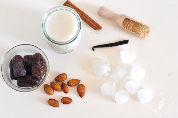 maca w proszku migdały daktyle wanilia mleko kokosowe