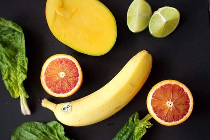 zielony koktajl z mango dla dzieci