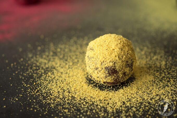 złota kulka czekoladowa prawie jak Ferrero Rocher