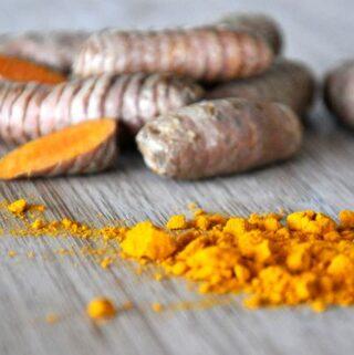 Poznaj działanie kurkumy oraz dowody na jej lecznicze właściwości