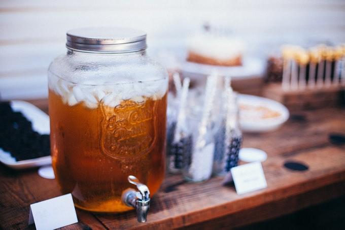 Ocet jabłkowy – sprawdź co tracisz chowając go do szafki