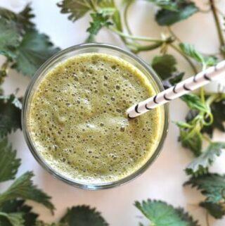 sok z pokrzywy idealny na detoks, anemię i wzmocnienie odporności
