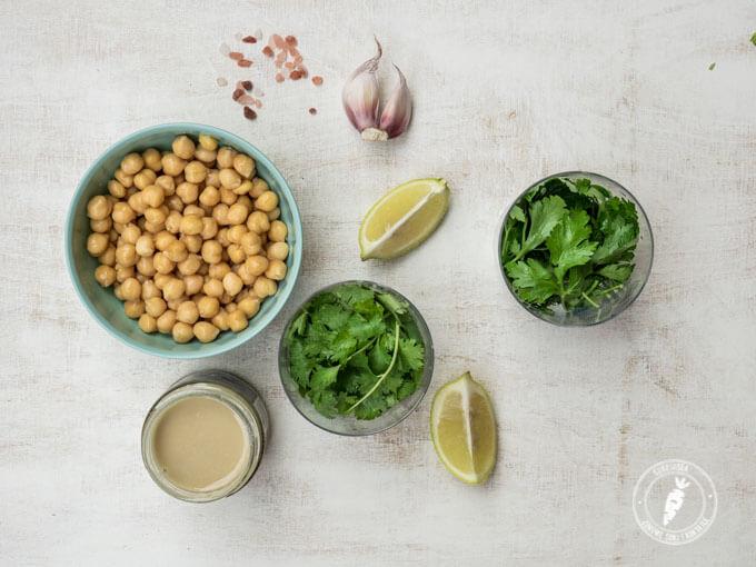 jak zrobić hummus w kolorze zielonym