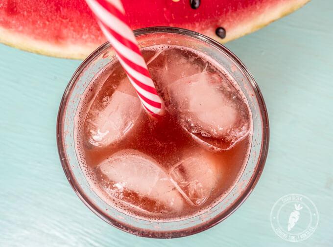 orzeźwiający sok na lato z wyciskarki wolnoobrotowej