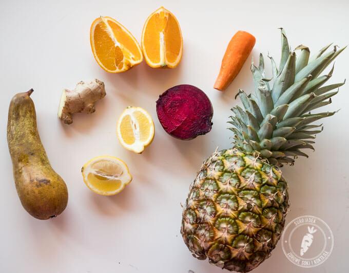 sok z ananasa można połączyć np. z burakiem i cytrusami