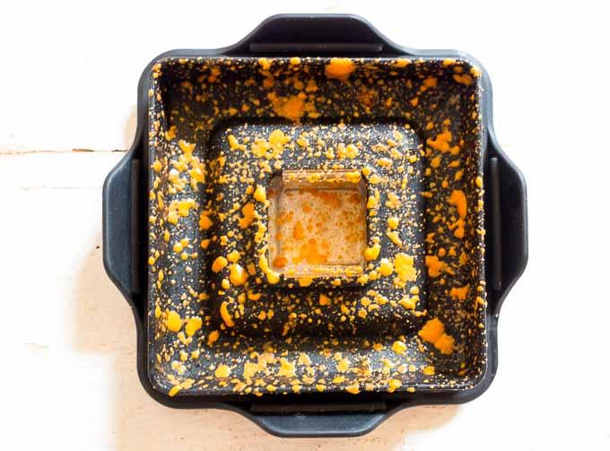 Pesto paprykowe to niezwykle aromatyczny sos do makaronu o intensywnym pomarańczowym kolorze