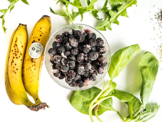 słodkie i mrożone owoce poprawiają smak zielonego koktajlu