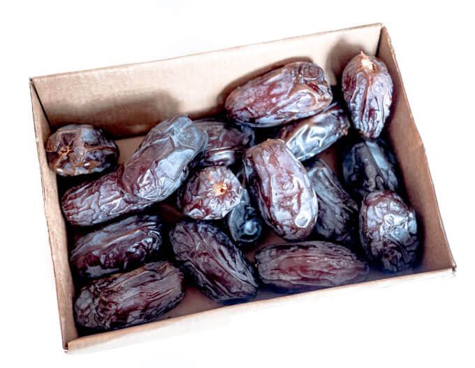 świeże daktyle medjoul są naturalnym źródłem słodyczy i błonnika