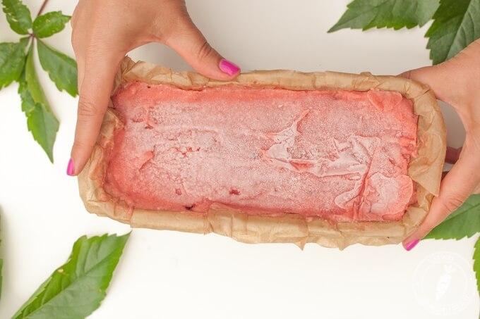 naturalne lody truskawkowe